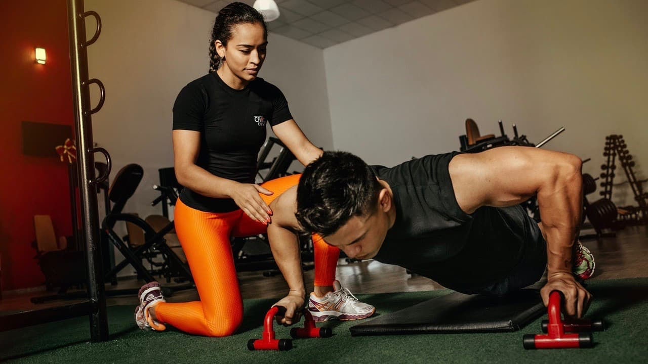 自重トレーニングの負荷を上げるためのおすすめ筋トレグッズ